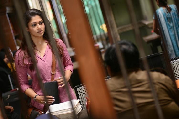 Nayantara Stunning Look Still From Anamika Tamil Movie