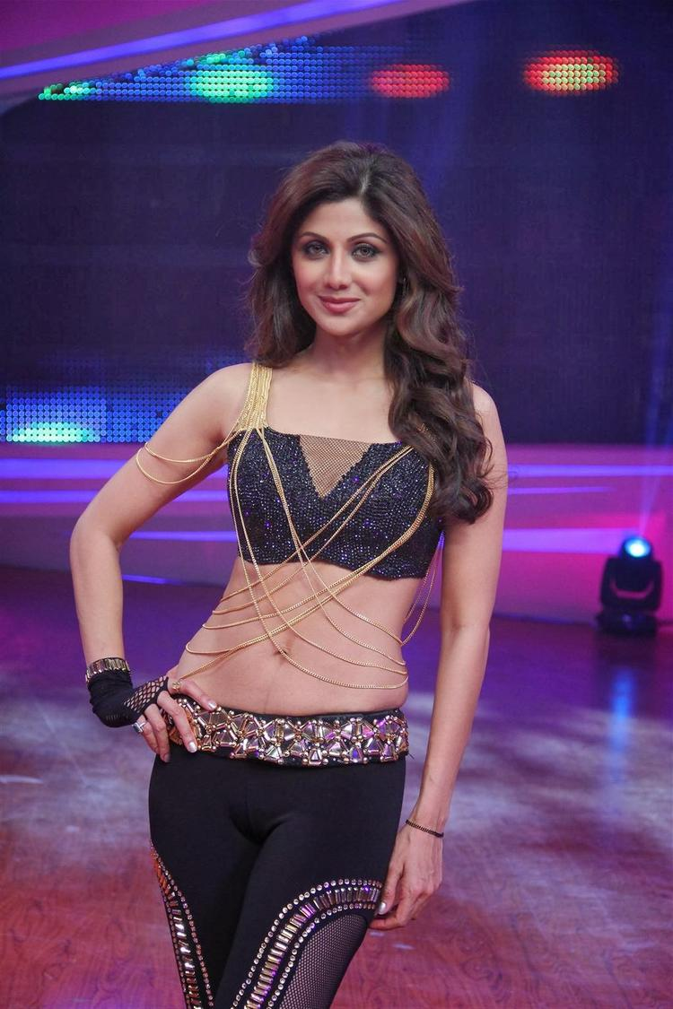Shilpa Shetty Stunning Gorgeous Look At Grand Finale Of Nach Baliye 6