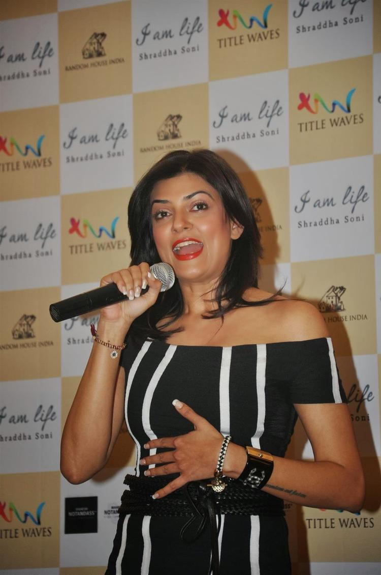 Actress Sushmita Sen Launches Author Shraddha Soni's Book I Am Life In Mumbai