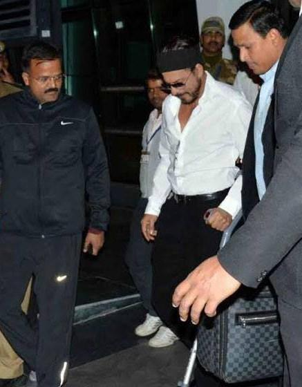 Shah Rukh Khan At The Udaipur Airport As He Came To Attend An NRI Wedding