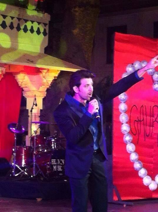 Hrithik Roshan Performed At The Wedding Of NRIs Gaurav And Hina In Udaipur