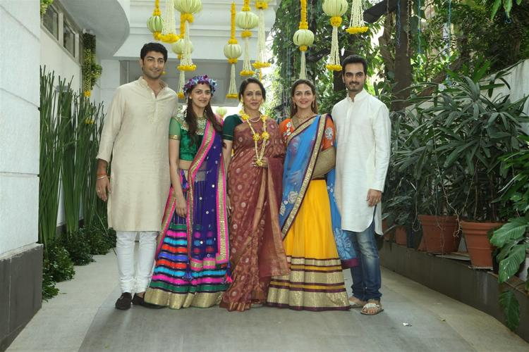 Hema Pose With Daughter's And Son In Law's During Ahana's Mehendi Ceremony