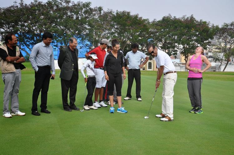 Sania Mirza At Cancer Crusader Invitation Cup 2014 Press Conference In Golkonda