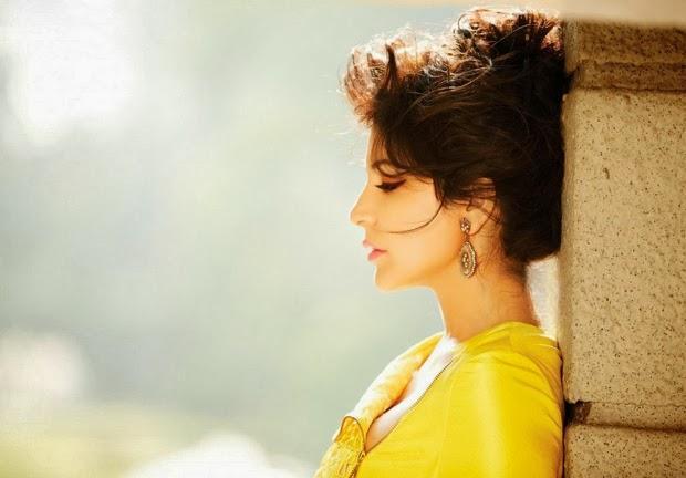 Anushka Sharma Dazzling Face Look Shoot For Filmfare Magazine February 2014 Issue