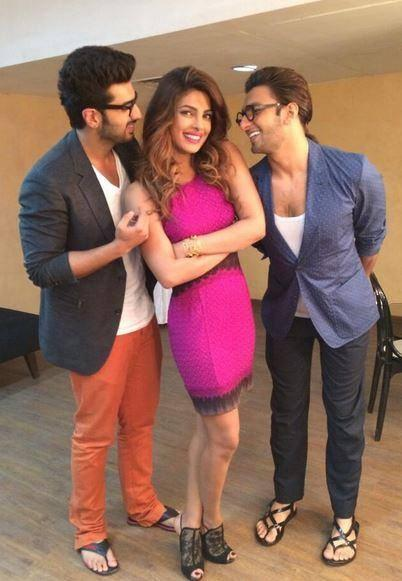 Arjun,Priyanka And Ranveer Cool Funny Pose During The Promotion Of Gunday