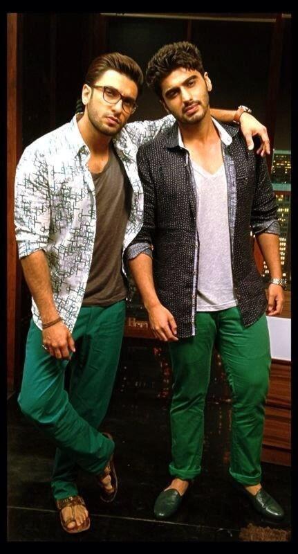 Ranveer And Arjun Nice Pose Photo Shoot At Gunday Discussion With Komal Nahta