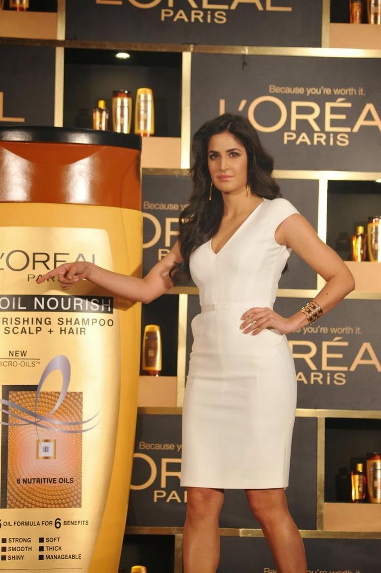 Dhoom 3 Hot Actress Katrina Kaif  Launches The L'Oréal Paris In Mumbai
