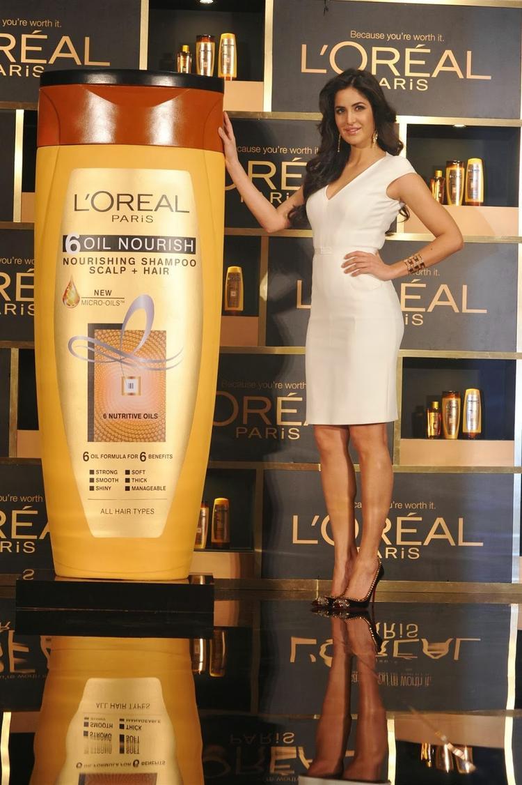 Glamour Katrina Kaif Launches L'Oreal Paris' '6 Oil In Mumbai