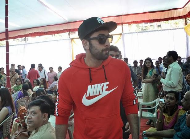 Ranbir Kapoor Snapped At Anurag Basu's Saraswati Puja