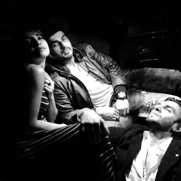 Priyanka,Ranveer And Arjun Spotted To Promote Gunday In Delhi