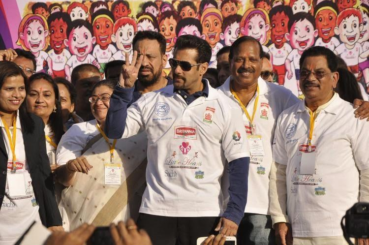 After Flags Off Little Hearts Marathon Salman Encourage People To Running To Save Little Hearts