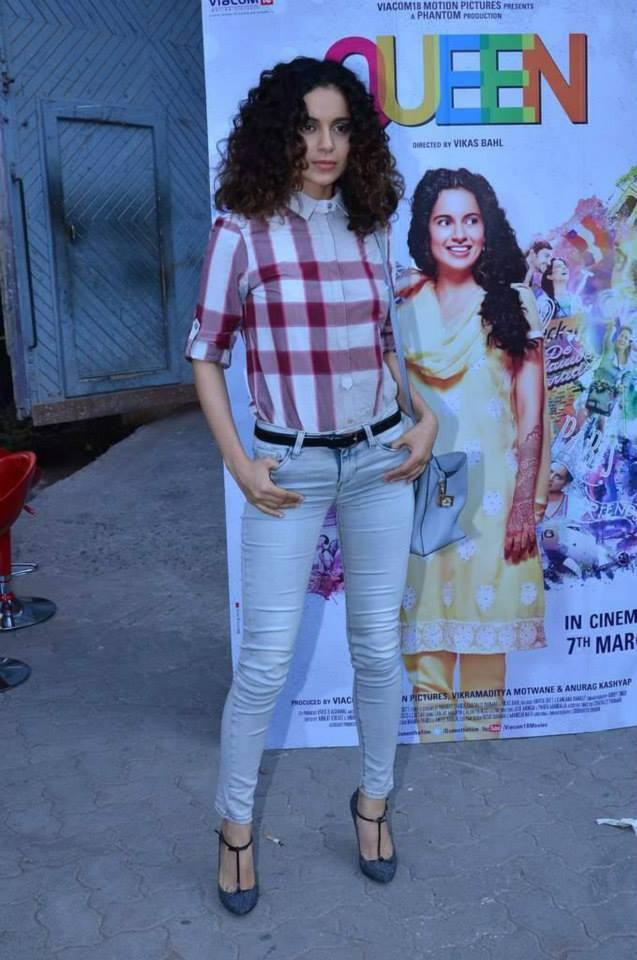 Curly Hair Beauty Kangana Spotted At Mumbai To Promote Her Upcoming Movie Queen