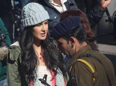 Katrina Kaif Stunning Face Look On The Sets Of Bang Bang Movie In Shimla