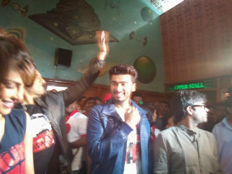 Priyanka,Ranveer And Arjun Smiling Look At Gaiety Theatre During The Promotion Of Gunday