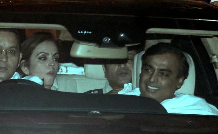 Nita Ambani And Mukesh Ambani Appeared At His Mother Kokilaben Ambani's Birthday Bash