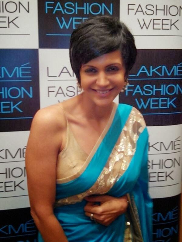 Mandira Bedi Smiling Pic In Saree At Lakme Fashion Week 2014 Show