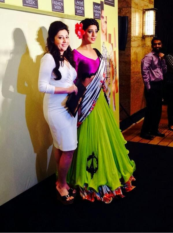 Mahi Gill Looks Gorgeous In Half Saree At Lakme Fashion Week Summer Resort 2014