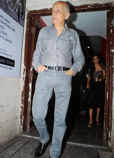 Mukesh Bhatt Posed At The Special Screening Of Highway