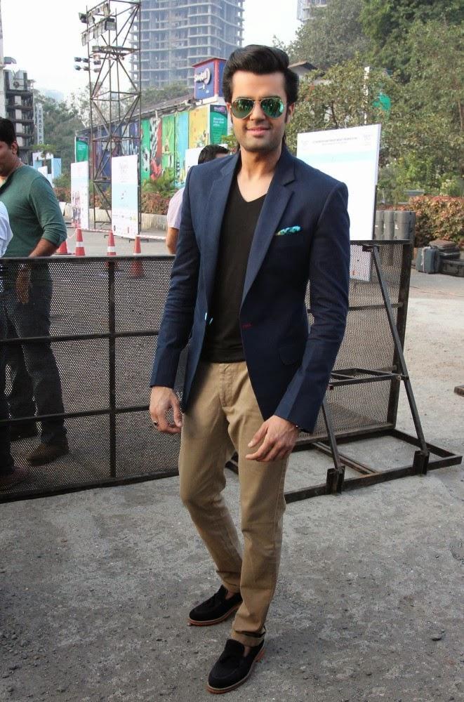 Manish Looks Handsome At Lavasa Women's Drive Event