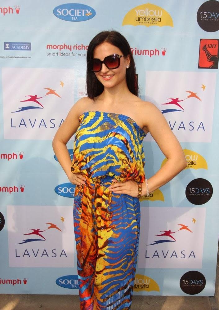 Stunning Elli Avram At Lavasa Women's Drive Event In Mumbai