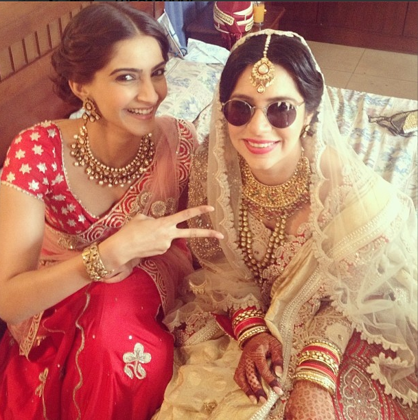 Sonam Kapoor Flashes Smile At Her Friend's Wedding Ceremony
