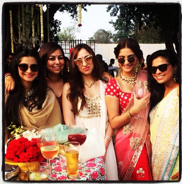 Sonam Kapoor Nice Glamour Look At Her Friend's Wedding Ceremony