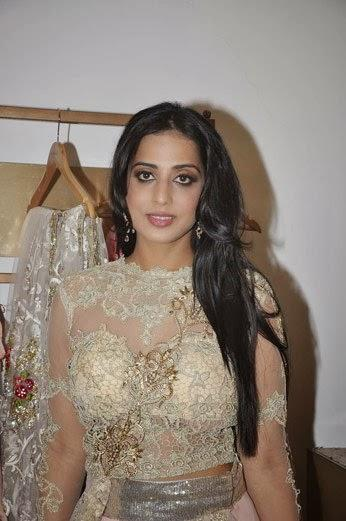 Mahie Gill Nice Look Photo Shoot During The Makeover For Gang Of Ghosts At Amy Billimoria's Store