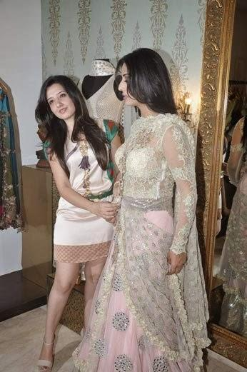 Mahie Gill's Makeover For Gang Of Ghosts At Amy Billimoria's Showroom