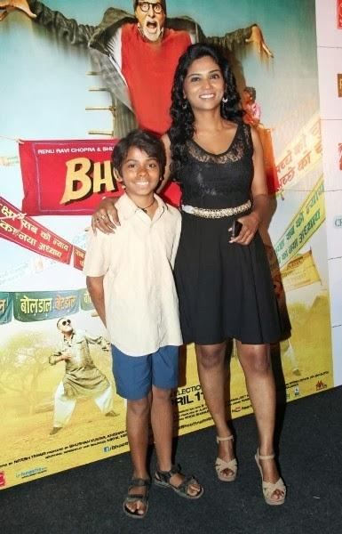 Usha Jadhav Poses With Her Young Co-Star Parth At Bhootnath Returns Trailer Launch