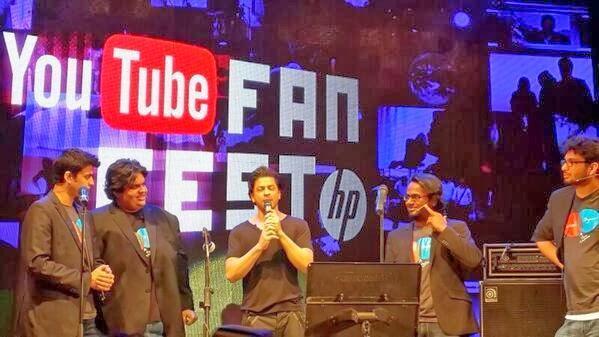 Shahrukh Khan Addresses The Public At Youtube Fanfest 2014