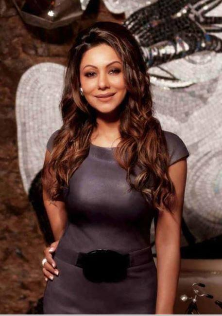 Gauri Khan Sweet Smile Pose Photo Shoot For Hello Magazine 2014 Issue