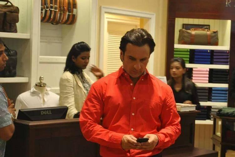 Saif Ali Khan Busy With Phone On The Sets Of Humshakals