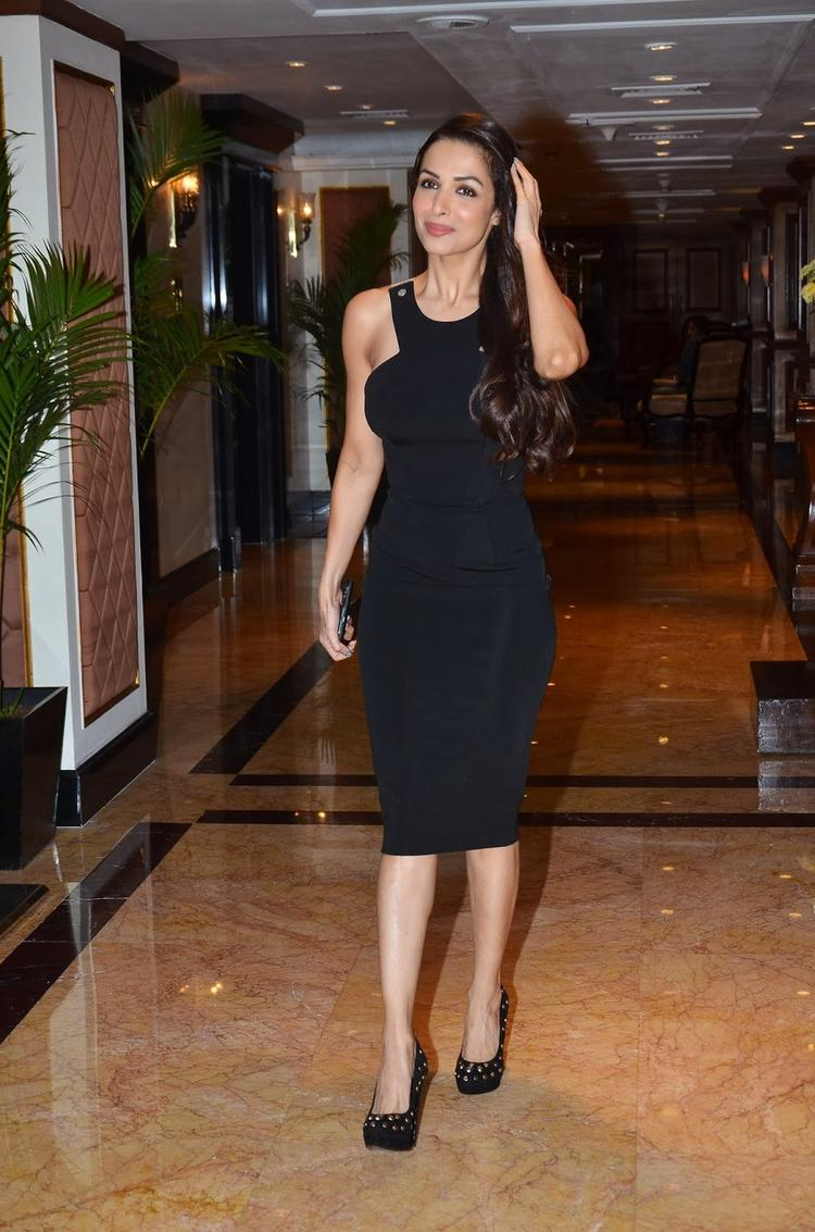 Malaika Arora Looks Stunning With Black Outfit During The IFFM 2014 Press Conference