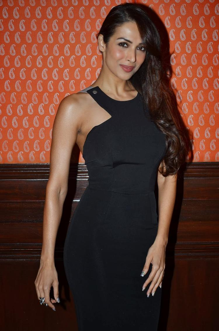 Malaika Snapped At The IFFM 2014 Press Conference With Black Hottie Look
