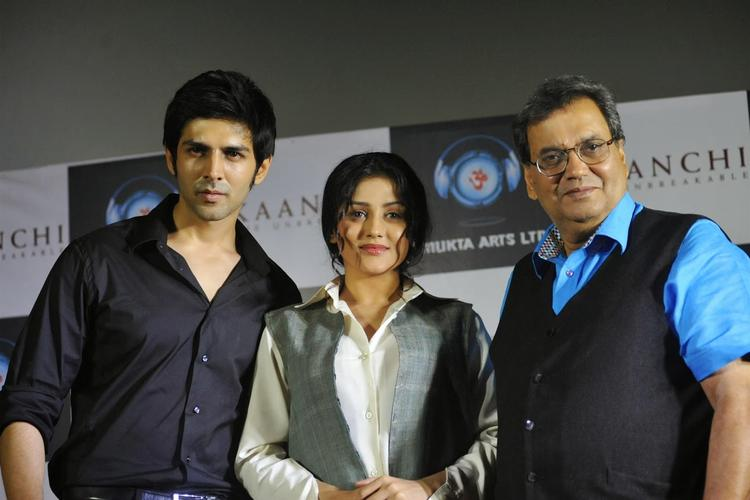 Kaanchi Movie First Look Launch Event Star Cast Pic