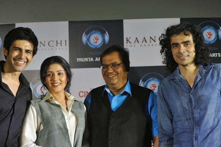 Kaanchi Movie Star Cast Photo Shoot During The Movie First Look Launch Event