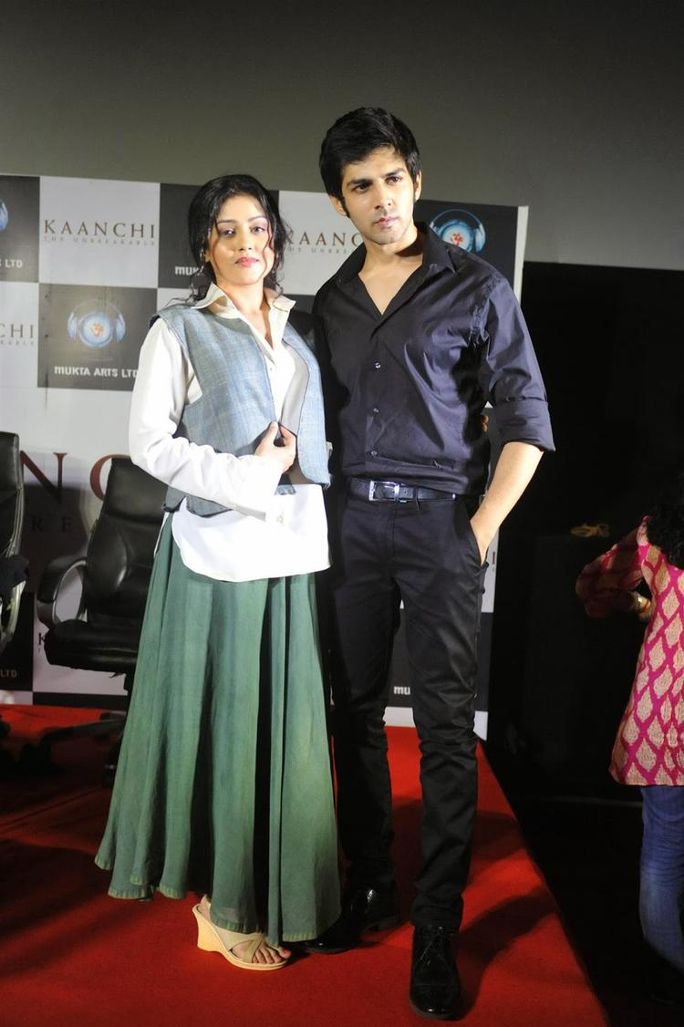 Leading Actors Of Kaanchi Attend The Kaanchi Movie First Look Launch Event