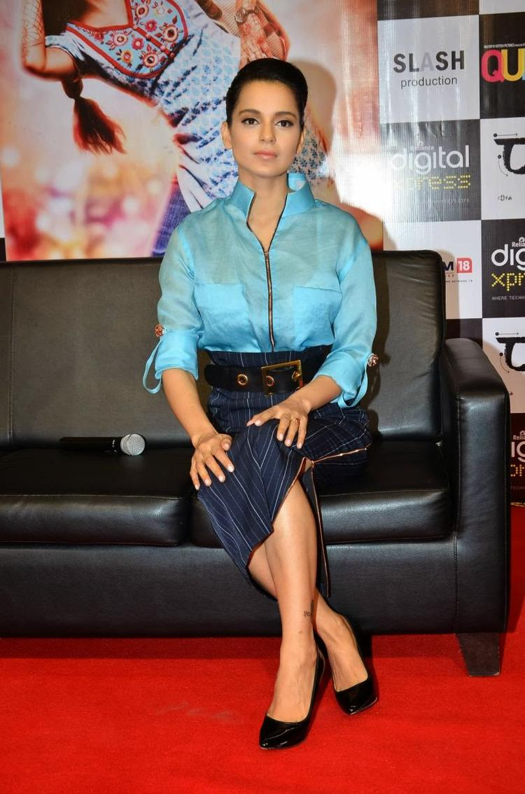Kangana Ranaut Strikes A Pose For Camera During The Promotion Of Queen At Reliance Digital Express Store, Prabhadevi, Mumbai