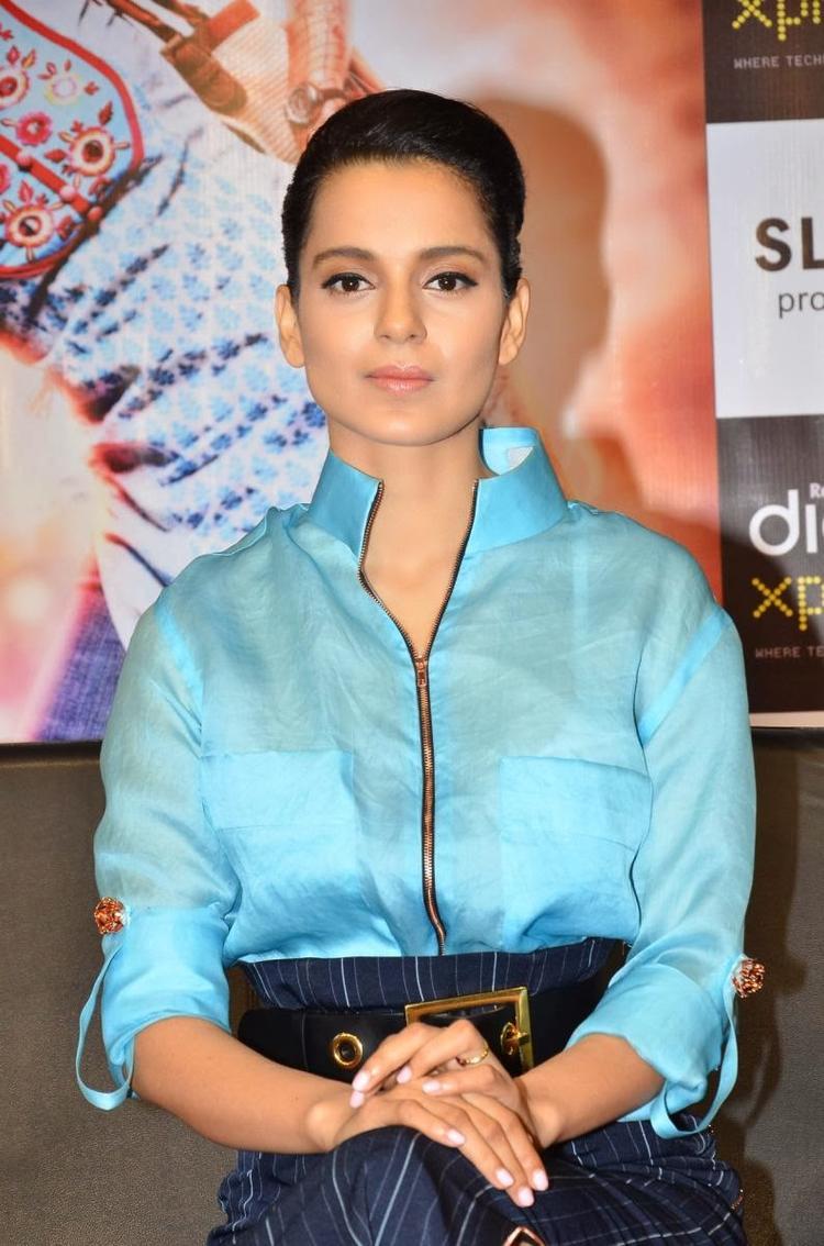 Kangana Ranaut Stunning Face Look During The Promotion Of Queen At Reliance Digital Express Store, Prabhadevi, Mumbai