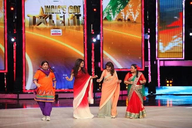 Bollywood Beauties Madhuri And Juhi Shake A Leg On India's Got Talent Finale