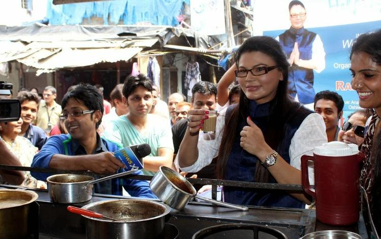 Rakhi Sawant Nice Look During Beti Bachao Desh Bachao Initiative On Women's Day