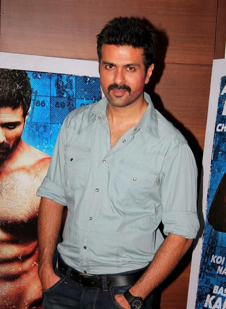 Harman Baweja Dappers Look During The Promotion Of Dishkiyaoon