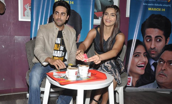 Ayushmann And Sonam Promote Bewakoofiyaan Movie At Cafe Coffee Day
