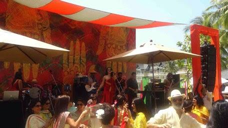 Crowded Are Enjoyed During Sona Mohapatra Performed In Phuket