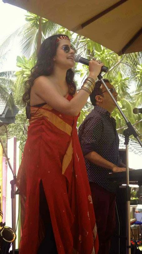 Sona Mohapatra Glamour Look During The Performance In Phuket