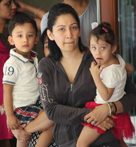 Manyata Dutt With Kids Bid Tearful Goodbye To Sanjay