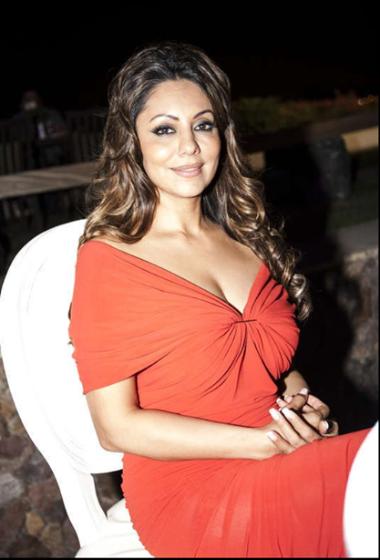 Gauri Khan Looking Glamour In Her Project's Launch Party In Dubai