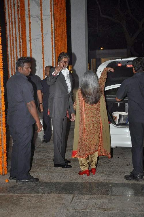 Amitabh Bachchan And Wife Jaya Bachchan Spotted At Kangana's House Warming Bash And Queen Movie Success Party