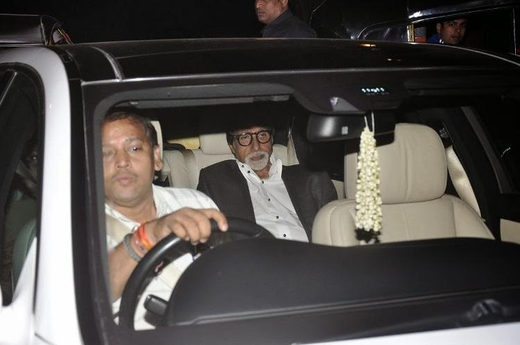 Amitabh Bachchan On The Way To Attend At Kangana's House Warming Bash And Queen Movie Success Party
