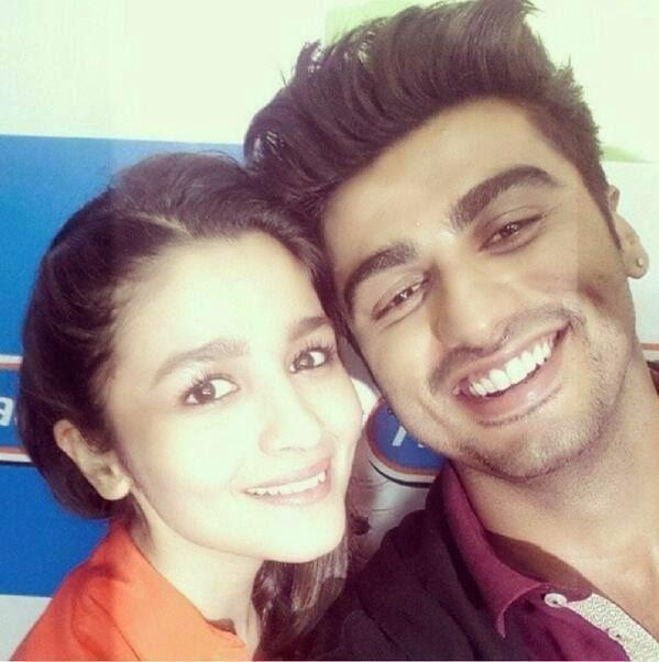 Alia Bhatt And Arjun Kapoor Get Lovey-Dovey During '2 States' Promotions At A Radio Station